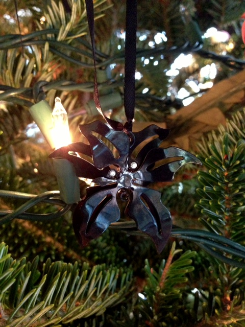 christmas ornament, christmas ornaments, christmas decoration, christmas tree, black ornament, upmarket suspense fiction, upmarket suspense novel, upmarket southern gothic suspense fiction, upmarket southern gothic suspense novel